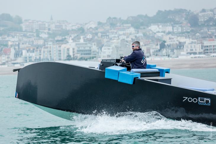 lh boats 700 bms briag merlet ship design. Black Bedroom Furniture Sets. Home Design Ideas